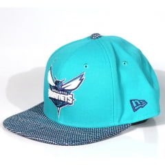 Bone Charlotte Hornets New Era 9fifty snapback azul